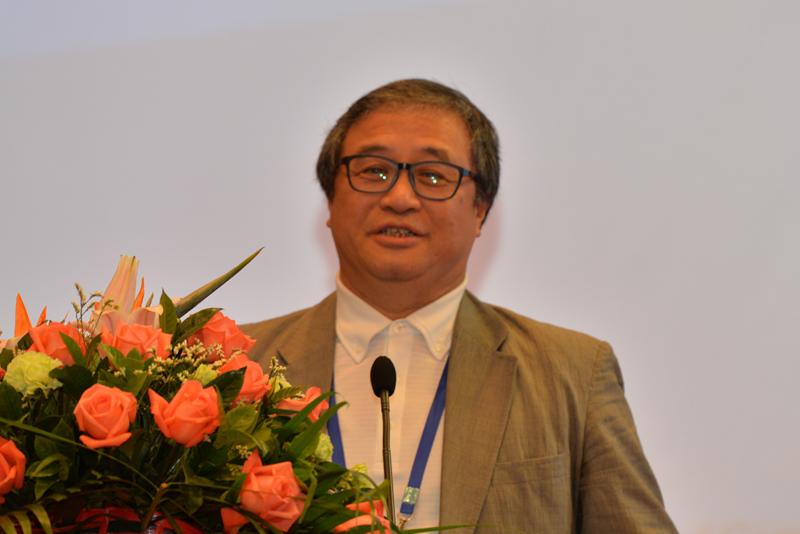 全國人大代表、剛毅(集團)有限公司董事長、聯合國多元組織「絲路計劃」成員王敏剛,演講題目:《開啟文化的力量》
