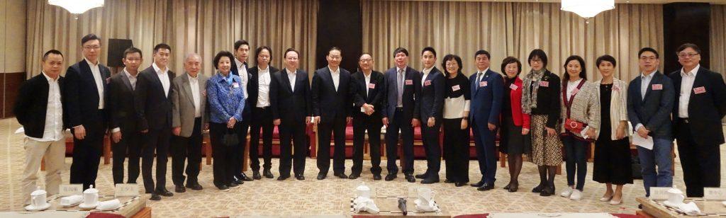 彭清華會見華商聯暨香港青年代表團